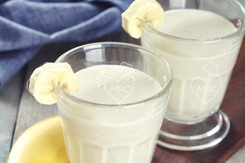 Zumo ligero frutas con avena y leche de soja