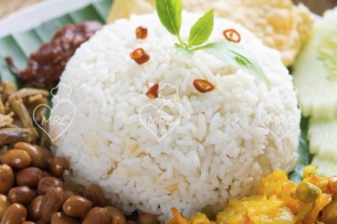 arroz al vapor para guarnición