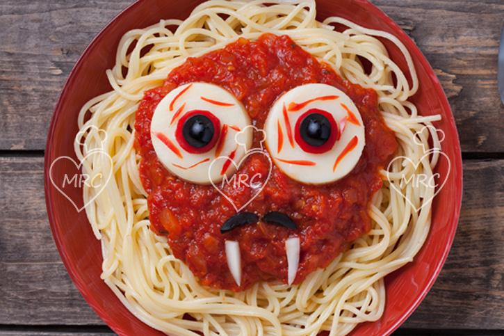 espaguetis con para halloween