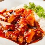 Pollo agridulce con arroz blanco