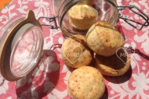 Scones-panecillos mermelada y parmesano
