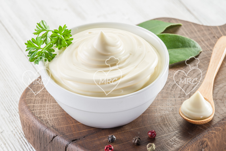 Sigue la receta de la veganesa con thermomix