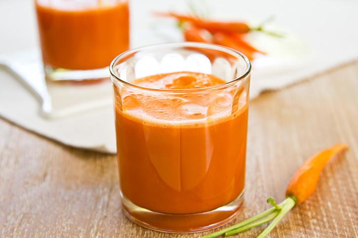 receta batido de zanahoria contra el sol