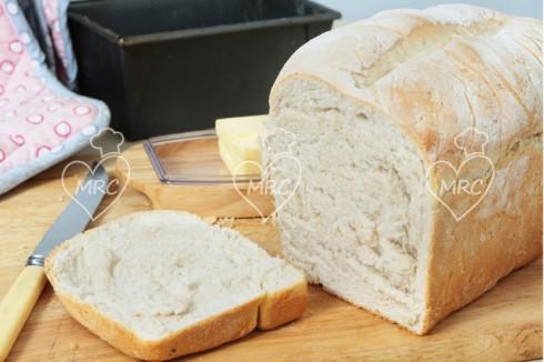 Pan de molde casero preparado con thermomix 5