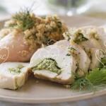 Pechuga de pollo rellena de hierbas aromáticas