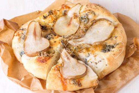pizza de pera y gongonzola