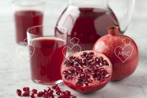 zumo de fruta de granada